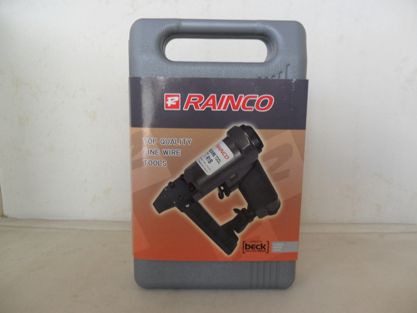 "Rainco Upholstery Staple Gun 1"" Nose"