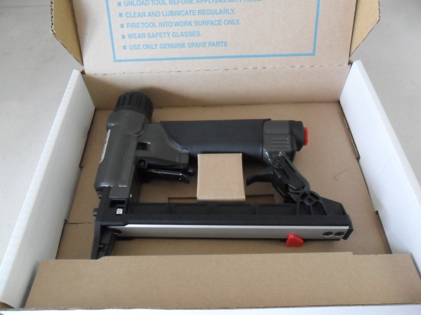 "Rainco Upholstery Staple Gun 2"" Long Nose"